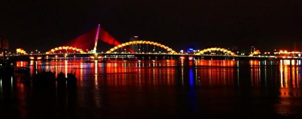 Dragon-Bridge-Danang-Vietnam-08