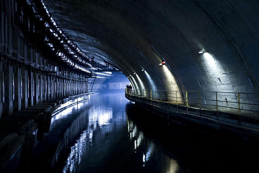 バラクラヴァの潜水艦基地、ウクライナ