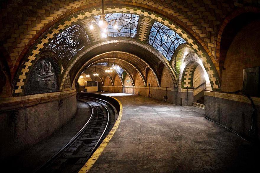 放棄された市役所地下鉄乗り場、アメリカ