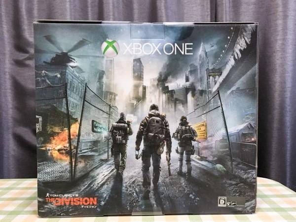 Xbox One 1TB、ディビジョン同梱版なのでパッケージがカッコいい