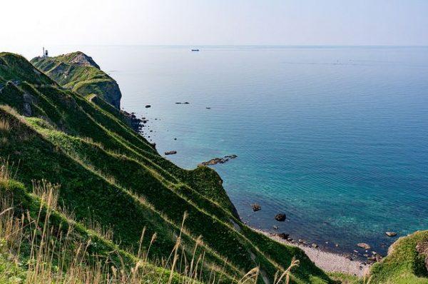 神威岬から見える積丹ブルーの海